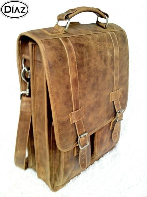 DIAZ Large Genuine Leather Messenger Satchel / Backpack Laptop Bag in Texas Light Brown - (17in MacBook Pro)