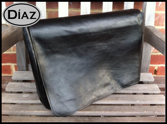 DIAZ Small Genuine Leather Messenger Bag / Satchel in Florencia Black - Free Monogramming -
