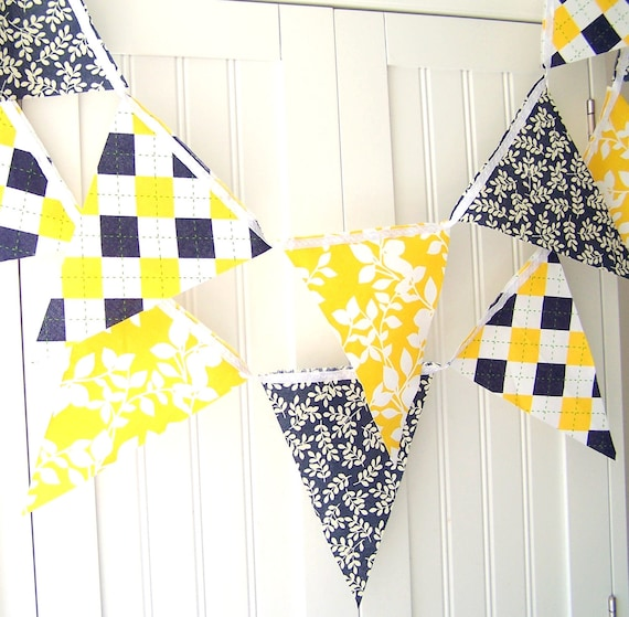 4 Feet Party Banner, Bunting, Navy Blue Leaves, Yellow Leaves, Navy Blue, Yellow, White Argyle, Summer Party, Wedding Decor