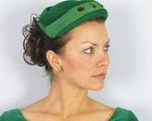 Vintage 1950's Green Pillbox Hat