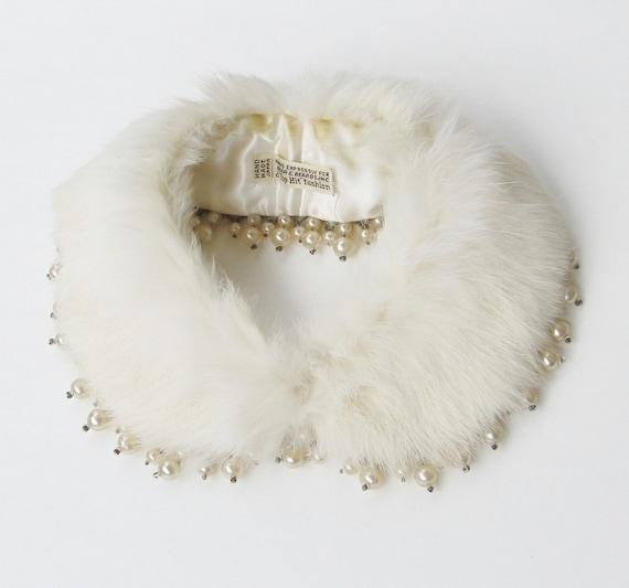 Vintage 1940's WHITE RABBIT FUR Collar Baar & Beards by ...