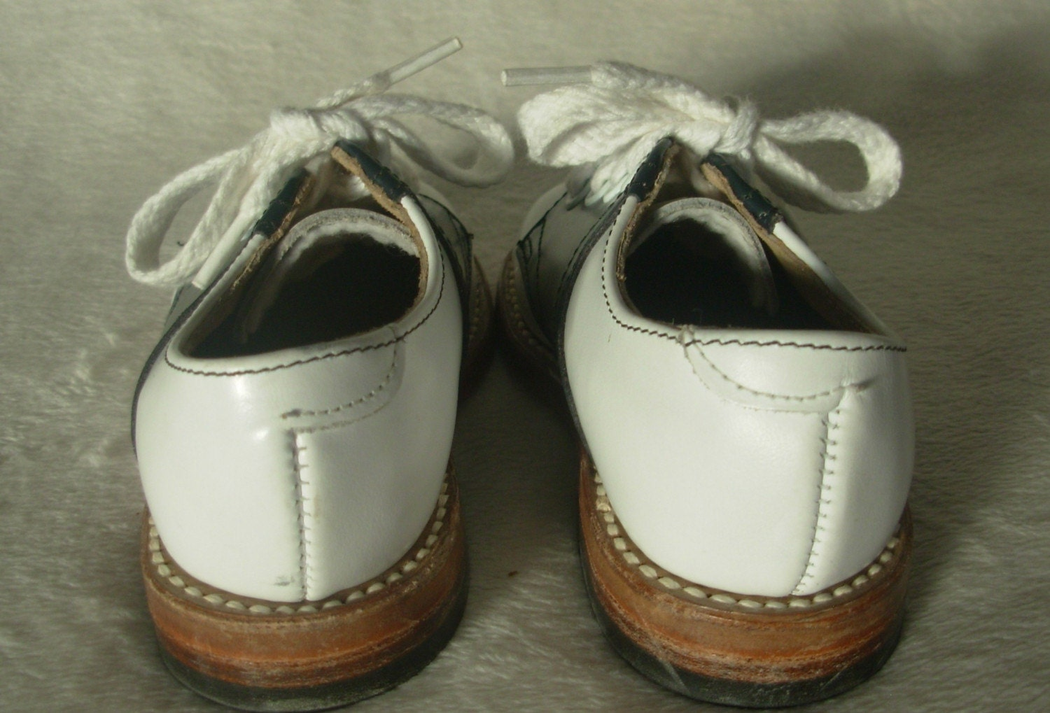 Vintage Circa 1960s Childs Leather Saddle Oxford Shoes Made