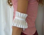 White Ruffles Cuff Armband Neo-Romantic Pleated Cuff in Crisp White Cotton and Vintage Crocheted lace. OnePerfectDay at Etsy