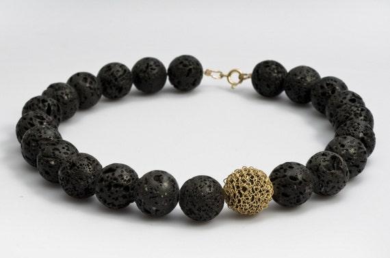 Black Statement Necklace, Black Lava Necklace, Black Gold Necklace, Chic Necklace, Black Natural Stone Jewelry, Crochet Wire Jewelry