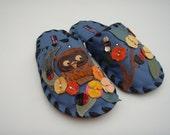 Handmade Leather slippers by Karmen Sega - Forest Owl