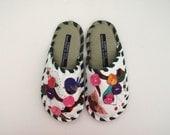 Handmade Leather slippers by Karmen Sega - Cherry tree birdie