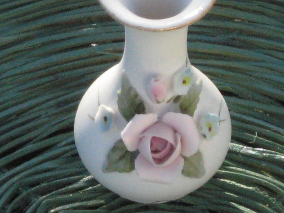 Vintage Vase Collectible, Very Small, Decorative