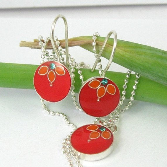 Flower Silver  Earrings -  Red  and Coral orange resin , circle