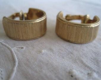 Vintage Gold Tone Sarah Coventry Vintage Hoop Clip On Earrings