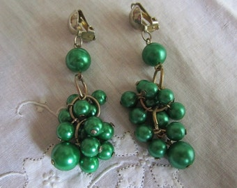 Vintage Silver Tone Green Beaded Dangle Clip On Earrings