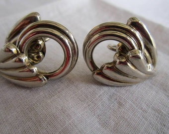 Vintage Silver Tone Circles and Swirls Screw Back Earrings by Lisner