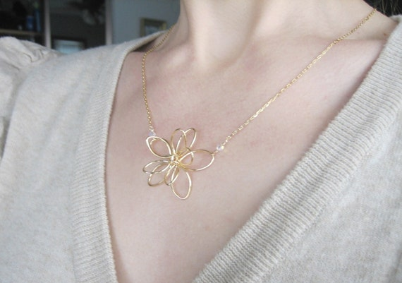 ALYSSA abstract wire flower necklace (gold)