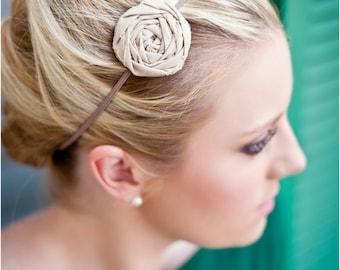 Solid color single fabric rosette headband or clip