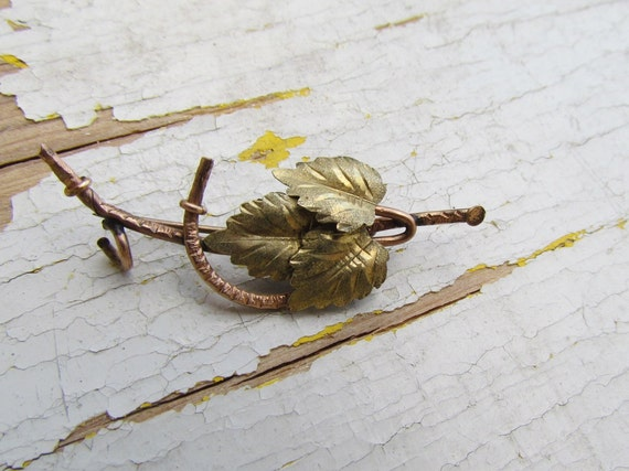 Antique Victorian Leaf Brooch c.1880s