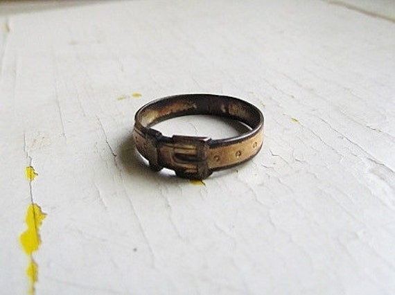 Antique Ring/ Victorian Buckle Ring c.1880s