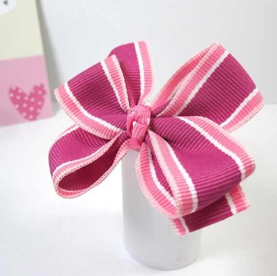 Birthday Party Favors for Girls, Pink Hearts, Hair Bow on Thank You Card - set of 15