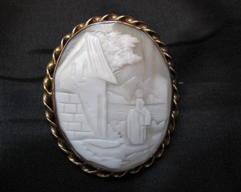 Victorian Brooch Cameo Carved Shell - Original