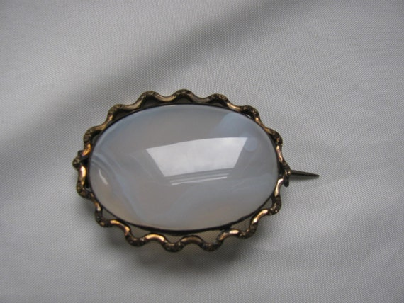 Victorian Brooch of Chalcedony Original