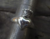 Queen of hearts ring in sterling silver