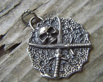 Pirates of the caribbean pendant in sterling silver