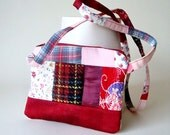 RAGGEDY REDS - little bag for iPhone (or other cellphone) and other small belongings - from the Rags 'n Roses Collection
