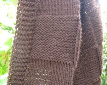 Throw blanket, knit blanket acrylic yarn (dark brown)