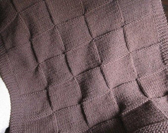 Throw blanket, knit blanket acrylic yarn (dark brown)