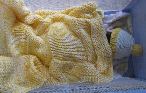 Knit baby Blanket, Knit baby Hat (yellow and cream)
