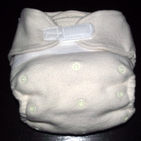 NIGHTY NIGHT  Mamajo's One Size Organic Bamboo Fitted Diaper with Extra Layer of Stay Dry Bamboo Lining