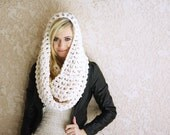 the OVERSIZED EGO scarf / color WHITE