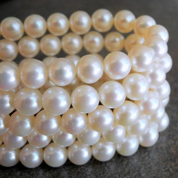 White Pearls Freshwater Pearls Round Potato 6.5mm Half Strand