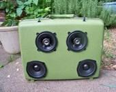 Soundcase - Portable Battery Powered Speaker System -  Samsonite Medium Green