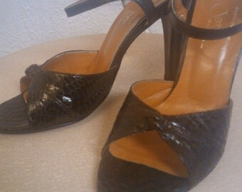 snake skin strappy preep toe vintage jerry's shoebox beautiful brown size 6 1/2 b incredible shoes