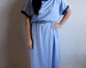 SALE - Vintage Midi Dress - Soft Light Blue with Navy & White Details and Buttons on the Sleeves - Size 14 M/L - RETRO FUTURISTIC