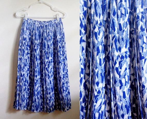 SALE - Vintage Pleated Maxi Skirt - Abstract Blue and White Pattern with Elastic Waist - Size Small - Andrea Gayle