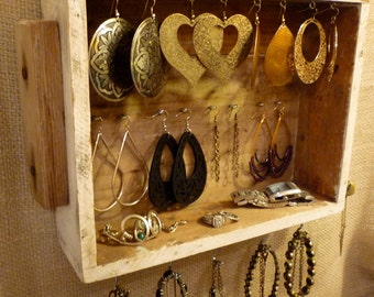 Upcycled Jewelry Organizing Display (White Drawer)