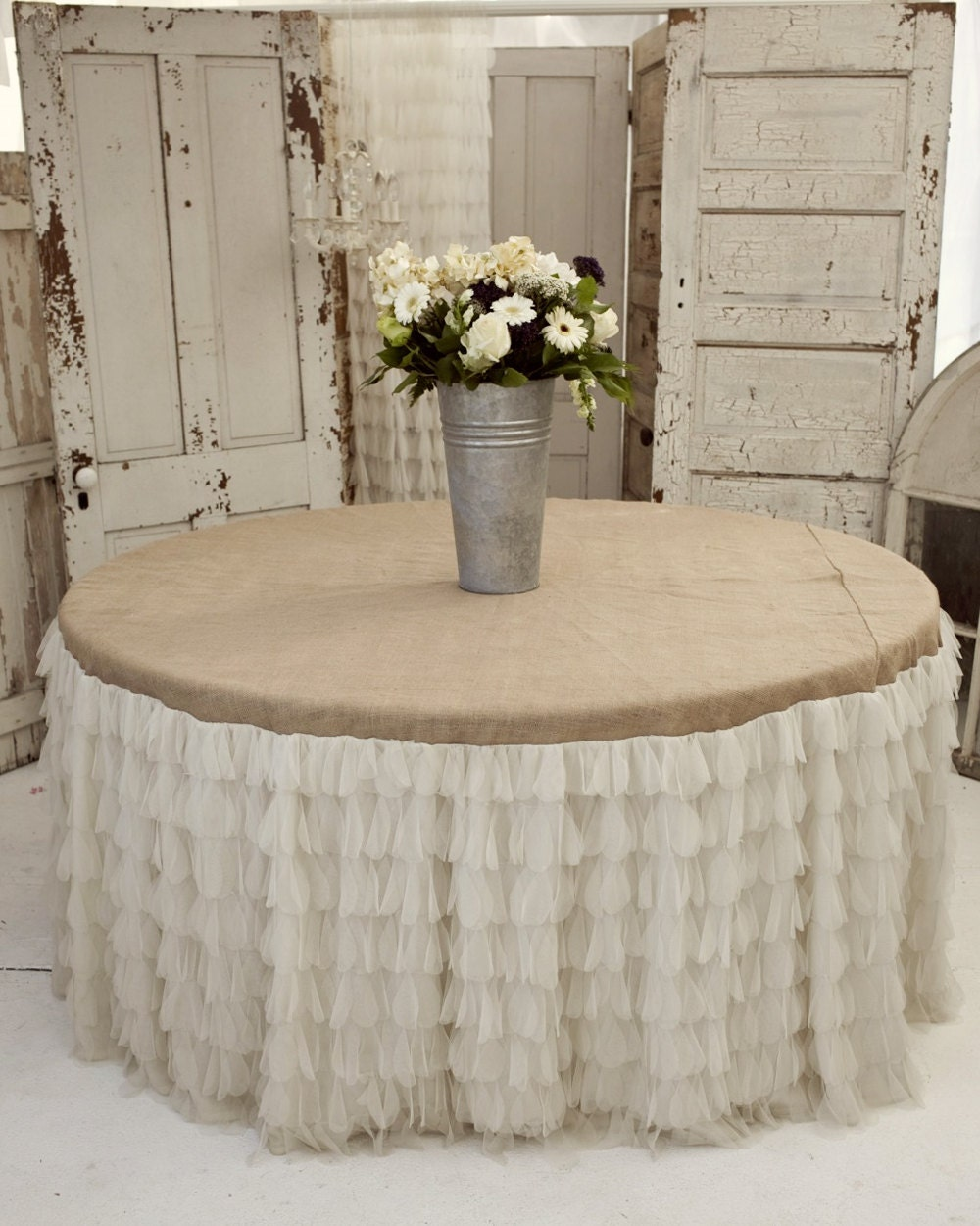 Tablecloths, Chair Covers & Fine Linens | Table Cloth Factory