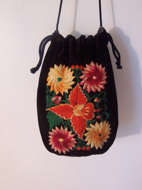 Purse/ Bag/ Draw String/ Pouch/ ORIENTAL/ Asian/ BLACK/ Velveteen/ EMBROIDERED/ Hipster/ Far Eastern/ Colorful/ Thanksgiving/ Boho/ Seasona