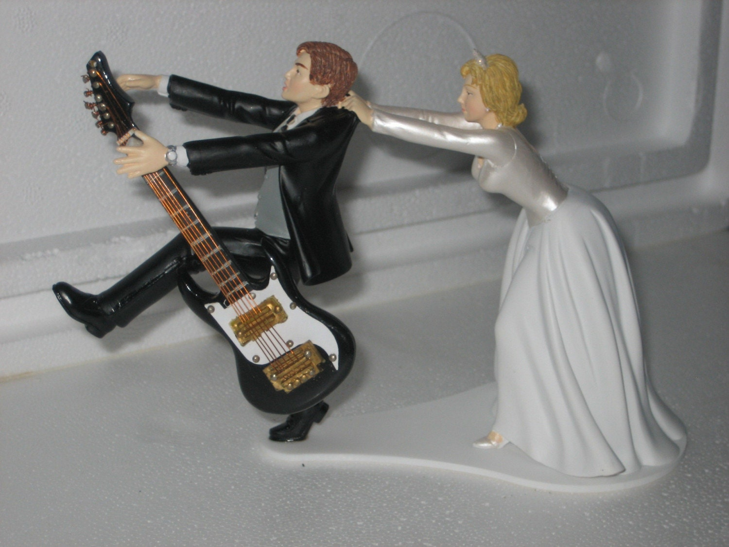 guitar wedding cake toppers guitar cake topper tinksky guitar cupcake toppers musical 15019