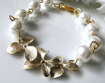 White Glass Pearls And Golden Orchid Bridal Bracelet, Pearl Orchid Filigree Wedding Bracelet, Wedding Jewelry, Bridesmaid Bracelet