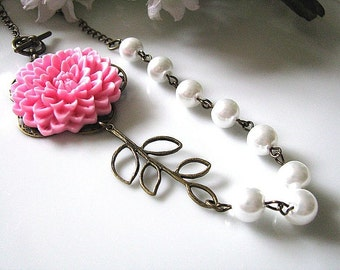 Bubblegum Pink Chrysanthemum With White Glass Pearl and Brass Filigree Branch Necklace. Pink Floral Necklace. Pearl Necklace. Charm Necklace