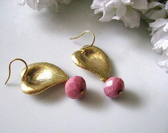 Gold Leaf With Pink Rhodonite Earrings , Gold Leaf Pink Drop Earrings, Botanical Leaves Earrings, Bridesmaids Earrings, Bridal Earrings