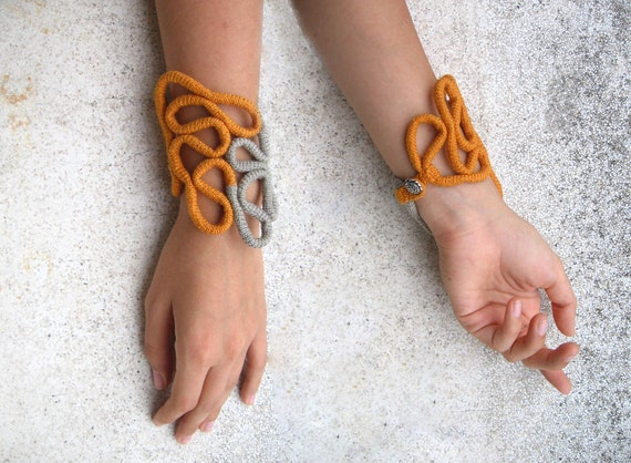 Crochet bracelet - Mystic Tower
