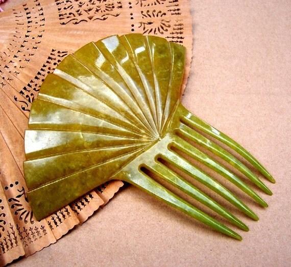 Vintage hair comb, Art Deco green fan shape