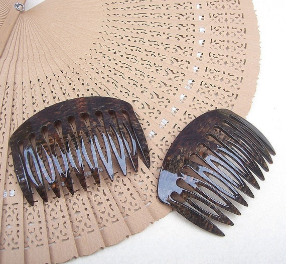 Hair combs signed France Luxe Mojave vintage hair accessories