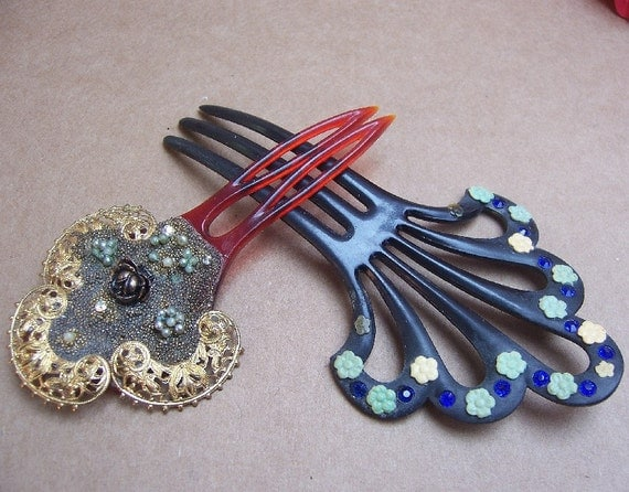 Vintage hair combs 2 early 20th century fancy hair accessories