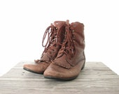90s Distressed Brown Grunge Boots 8 1/2