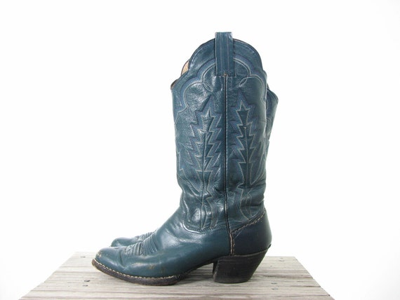 Teal Embroidered Cowgirl Western Boots 8