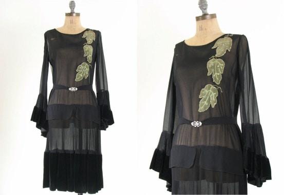 20s Black Leaf Dress . Antique Flapper . Small