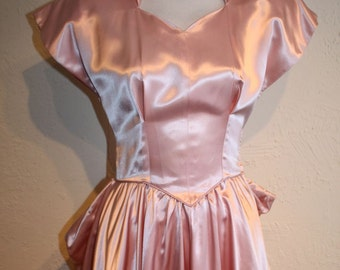 Debutante's Grand Entrance - Late 1940s Fred Perlberg Shell Pink Liquid Satin Special Occasion Gown - XS